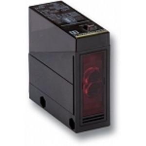 E3JM-DS70M4-G PE SENSOR DIFFUSE 700MM SPDT AC/DC